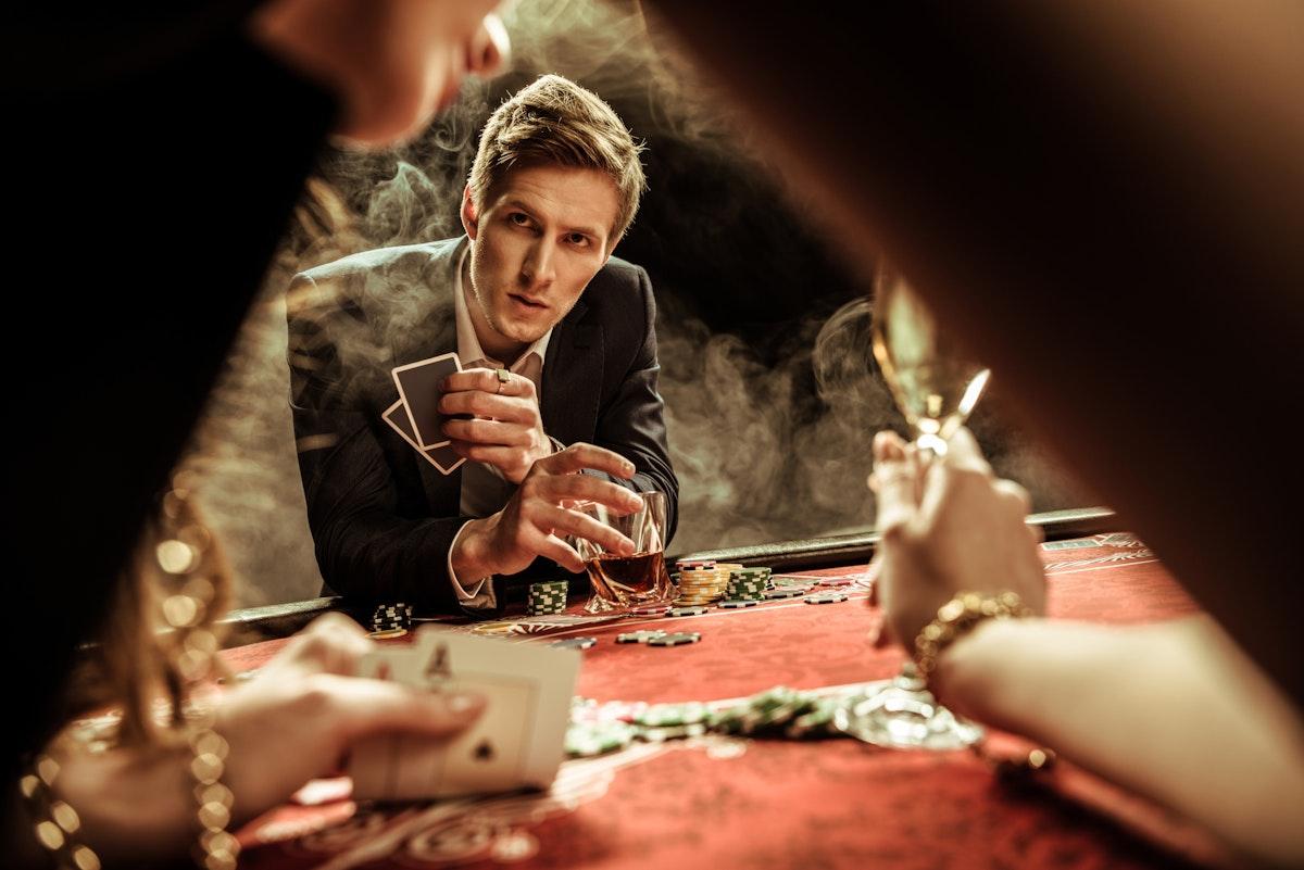Донк-бет в покере